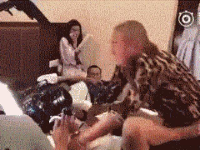 Cảnh cưỡng bức, sàm sỡ phim Trung Quốc đã lừa khán giả tài tình thế này