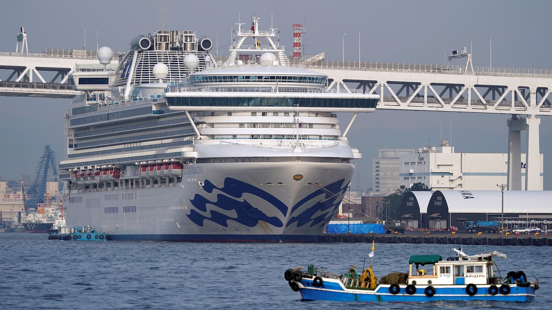 Vì sao virus Corona lây nhiễm nhanh trên du thuyền? - 1