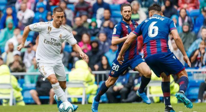 Video highlight trận Levante - Real Madrid: Vô-lê thần sầu, ngỡ ngàng cú sốc - 1