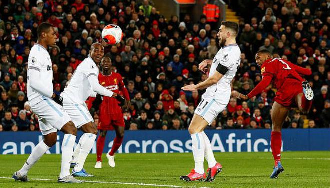 Video highlight trận Liverpool - West Ham: Bước ngoặt sai lầm, rượt đuổi mãn nhãn - 1