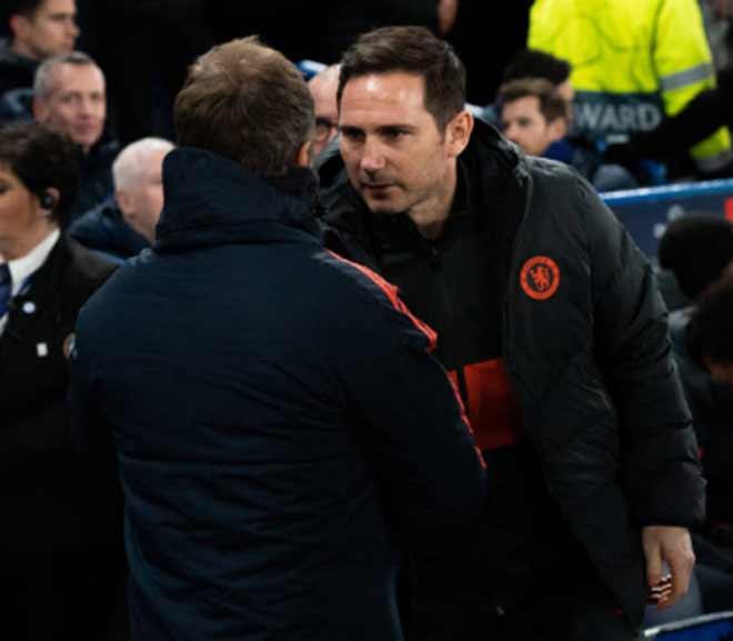"""Bayern Munich """"bắn phá"""" tan tành Stamford Bridge: Chelsea tột cùng thảm hại - 1"""