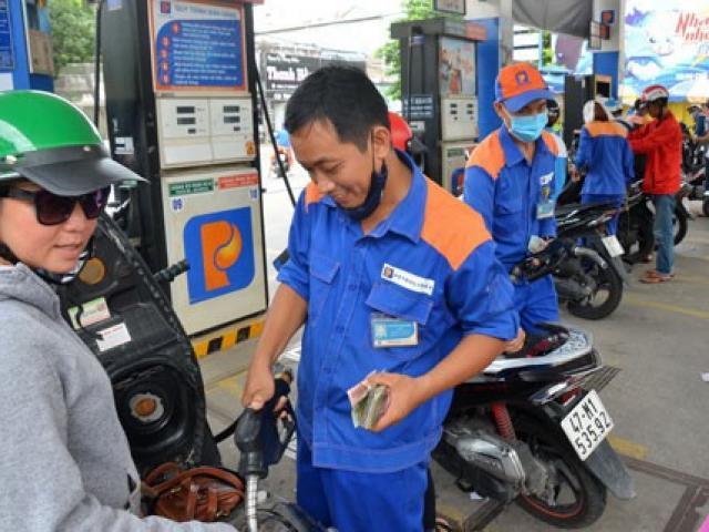 Covid-19 bùng phát tại Châu Âu, giá xăng dầu ngày 27/2 giảm xuống mức thấp nhất 1 năm