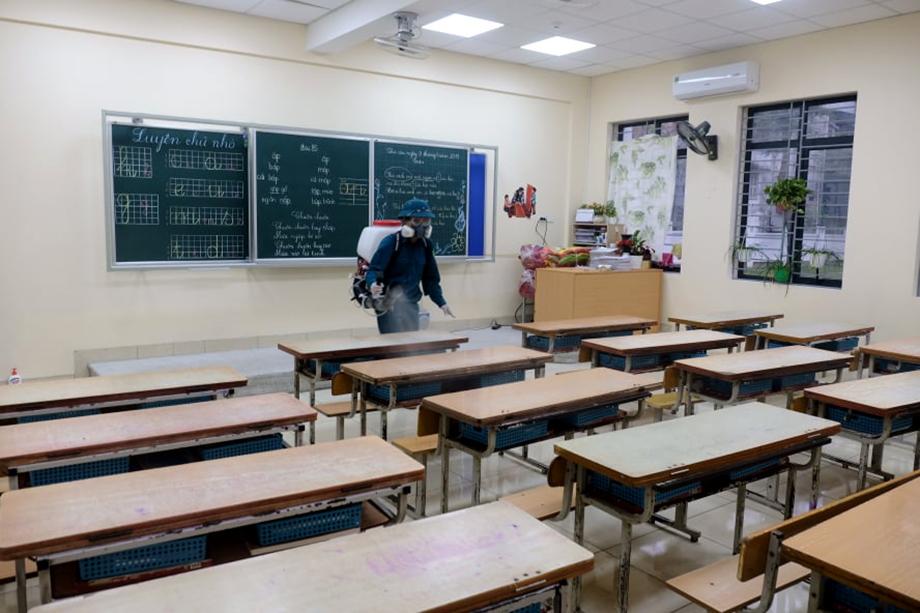 Tỉnh đầu tiên quyết định cho học sinh quay trở lại trường ngày 2/3 - 1