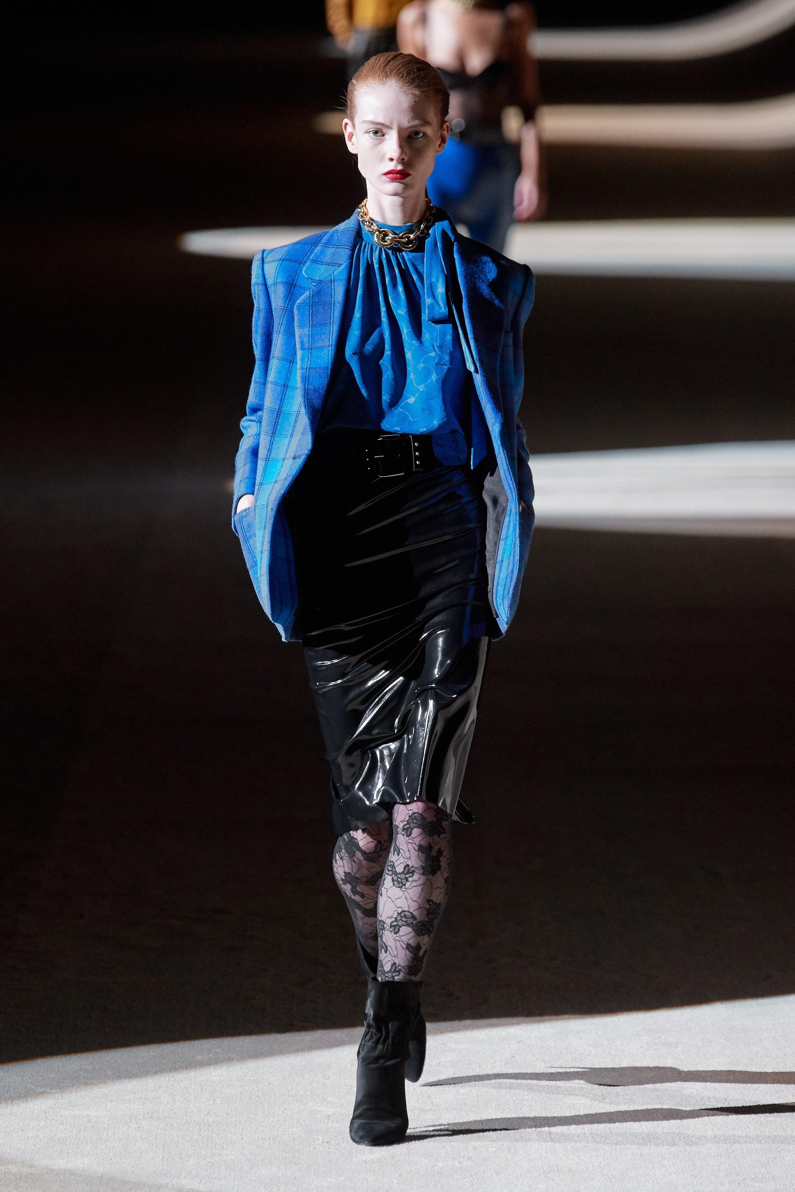 Thời trang nữ quyền của Dior tại Paris Fashion Week - 11