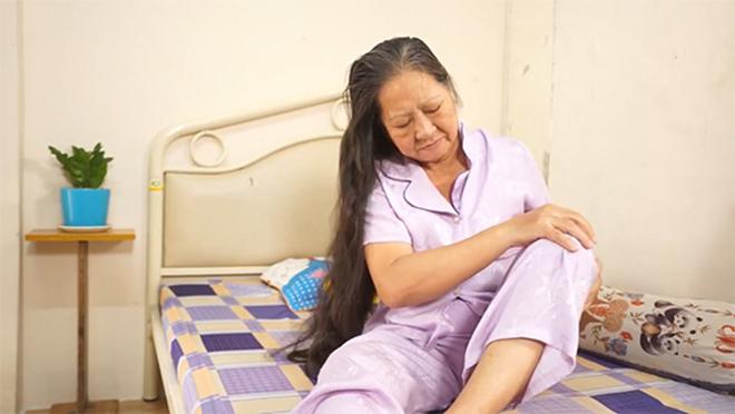 Khóc gọi con dâu đưa vào viện vì đau buốt gối, thoái hóa khớp gối và cái kết - 1