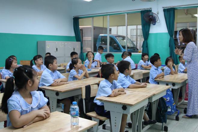 Sở GD-ĐT TP HCM lấy ý kiến phụ huynh về việc cho học sinh đi học lại - 1