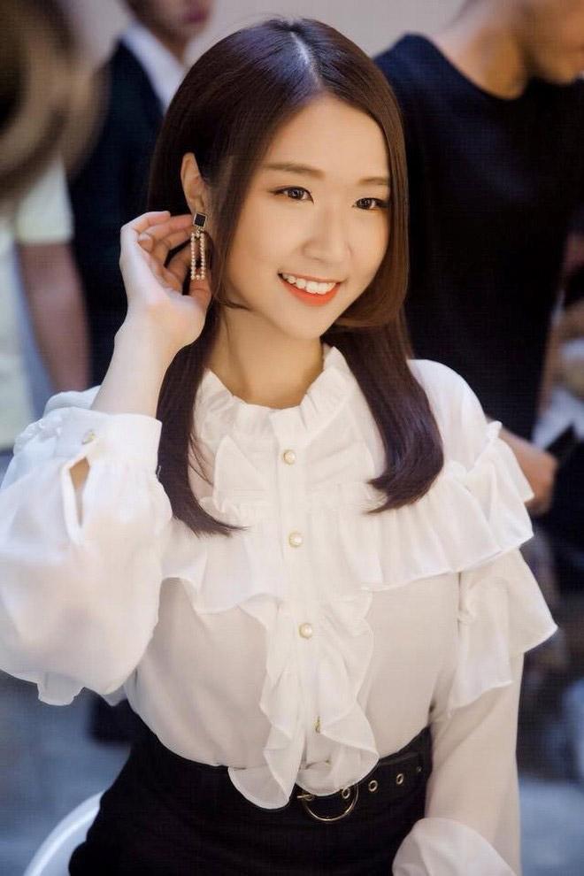 Cô gái Hàn xinh đẹp khen ngợi bánh mì Việt Nam trên sóng Đài truyền hình Quốc gia - 7