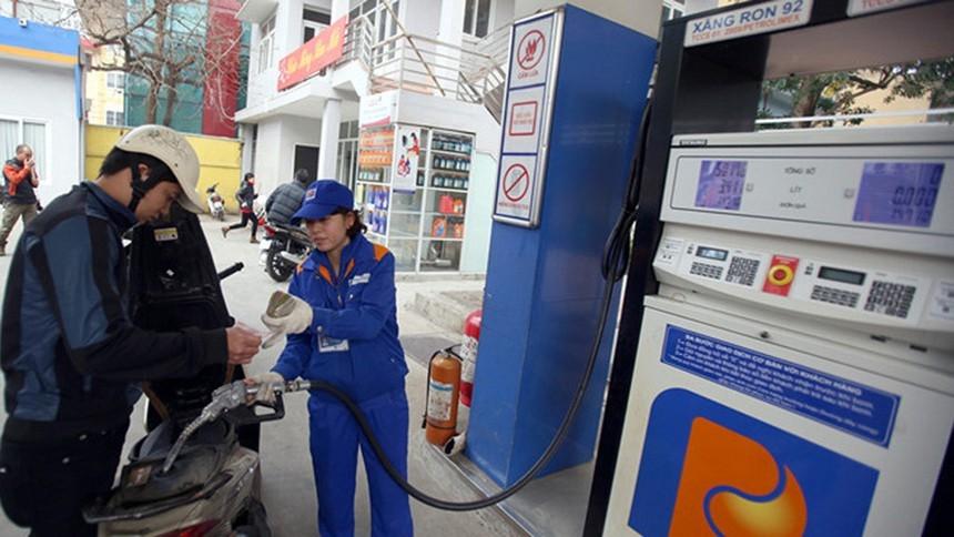 Giá xăng tiếp tục được điều chỉnh giảm lần thứ 3 sau Tết Nguyên đán - 1