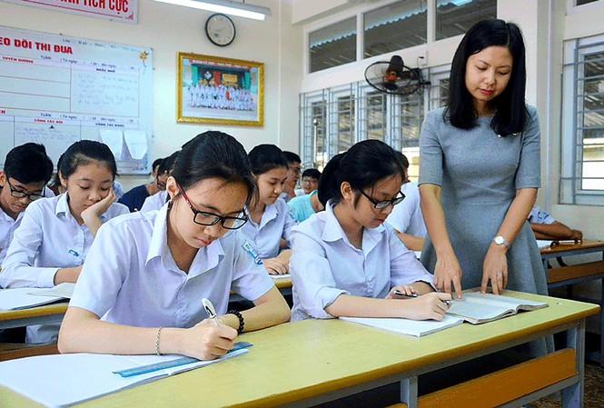 TPHCM: Tiếp tục cho học sinh lớp 12 nghỉ học để phòng dịch Covid-19 - 1