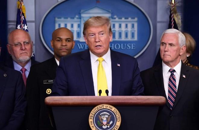 Ông Trump hành động đối phó tổn thất kinh tế từ dịch Covid-19 ở Mỹ - 1