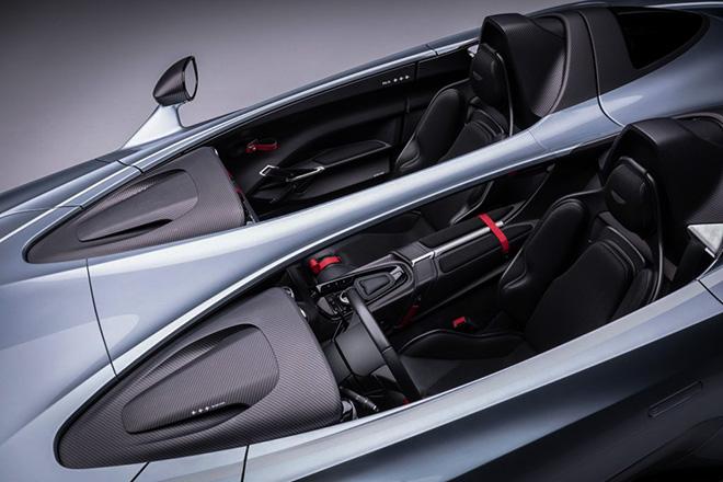 Aston Martin trang bị động cơ V12 cho siêu phẩm Speedster mới - 7