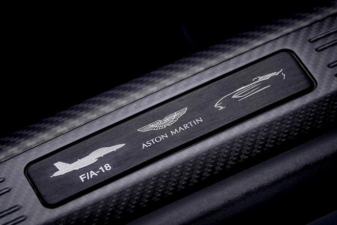 Aston Martin trang bị động cơ V12 cho siêu phẩm Speedster mới - 8