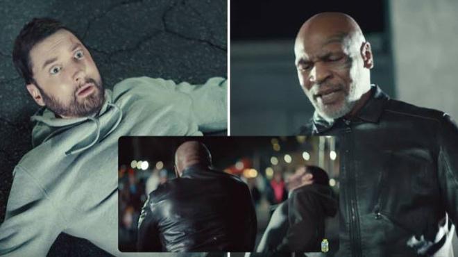 """Mike Tyson bất ngờ """"tái xuất"""": Đấm 1 cú đối thủ nhập viện luôn - 1"""