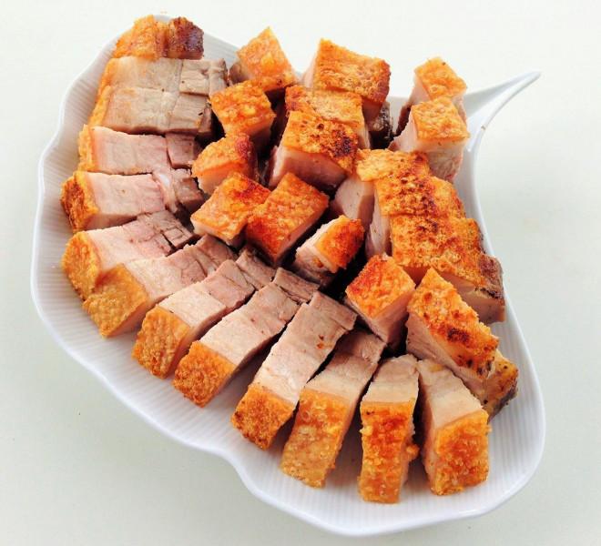 """Chuyên gia chỉ rõ 5 món thịt lợn nếu ăn nhiều chẳng khác nào """"hạ độc"""" bản thân - 1"""