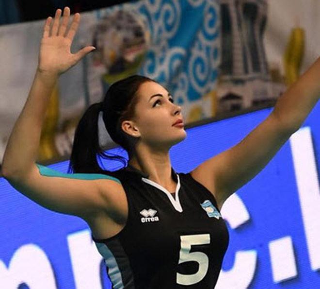 Xuất hiện nữ thần bóng chuyền mới: Xinh đẹp, quyến rũ bậc nhất thế giới - 1