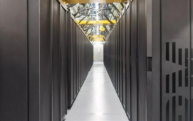Cận cảnh siêu máy tính Mỹ dùng để chiến đấu với COVID-19 - 3