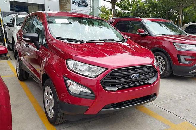 Ford EcoSport giảm giá 90 triệu đồng, cạnh tranh Hyundai KONA - 1