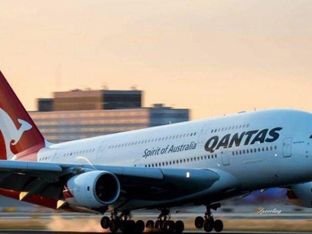 Không có hành khách, một hãng hàng không nổi tiếng giảm 4 tỷ AUD tiền lương, cắt 2/3 nhân sự