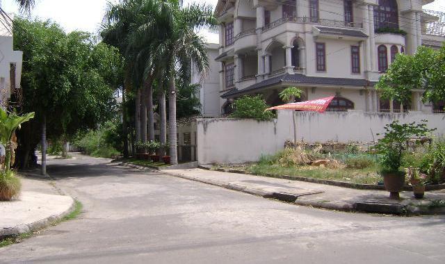 Nữ tài xế bị chích điện, cướp xe ở khu biệt thự vùng ven TP.HCM - 1