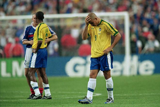 """Ronaldo """"béo"""" trận chung kết World Cup 1998: Bàng hoàng nghi án bị đầu độc? - 1"""