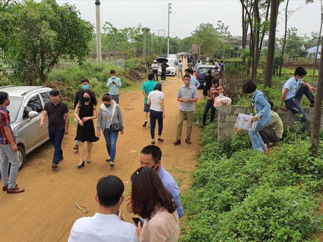 Đất Thạch Thất, Hà Nội tăng từng giờ: Cẩn trọng cơn sốt ảo