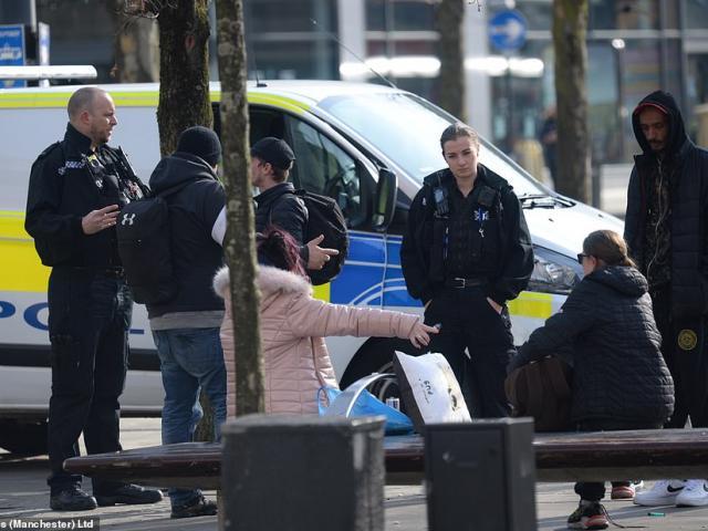 Covid-19: Chuyên gia cảnh báo tình thế nguy hiểm ở Anh