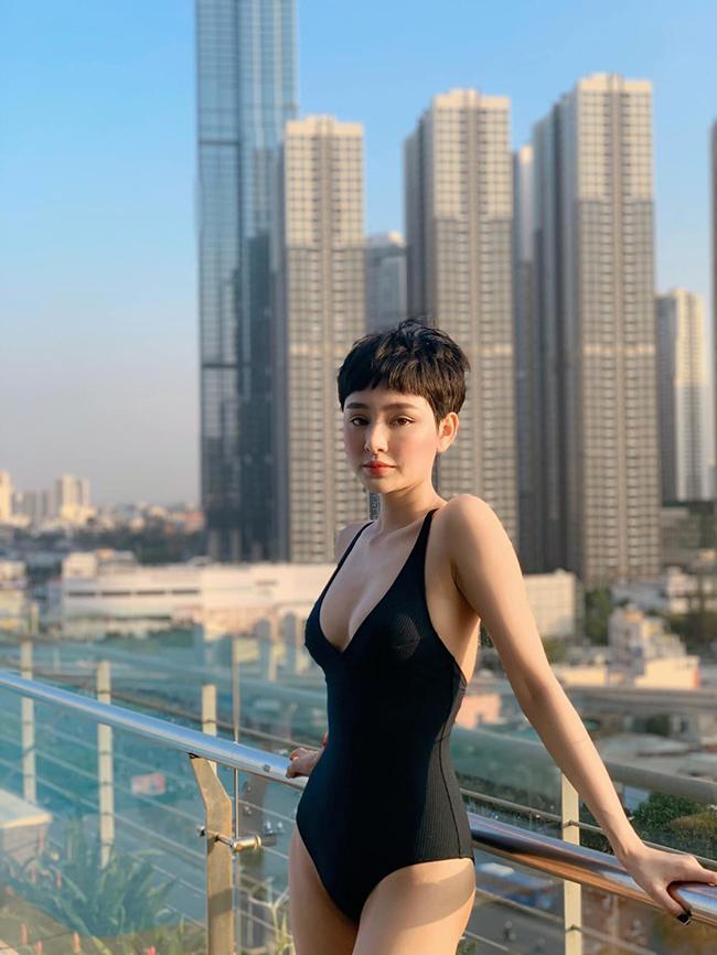 Hiền Hồ đang ngày một nổi tiếng hơn trong showbiz Việt, cả về ngoại hình lẫn tài năng.