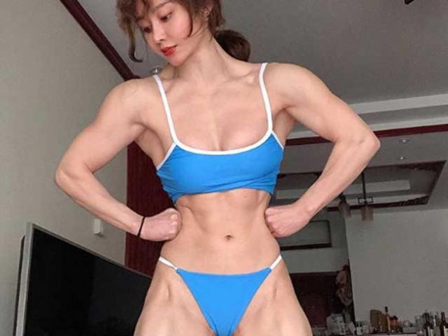 2 nữ thần cơ bắp Trung Quốc: Bác sĩ chống Covid-19 mang thai thân hình vẫn như núi đá
