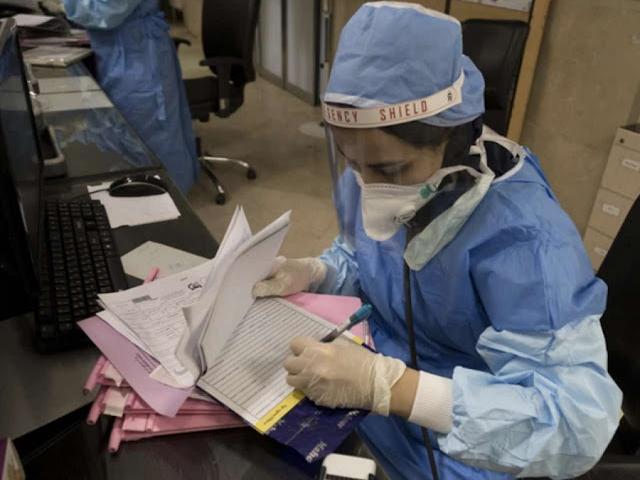 Nữ y tá Italia làm điều dại dột nhất khi biết bị nhiễm Covid-19
