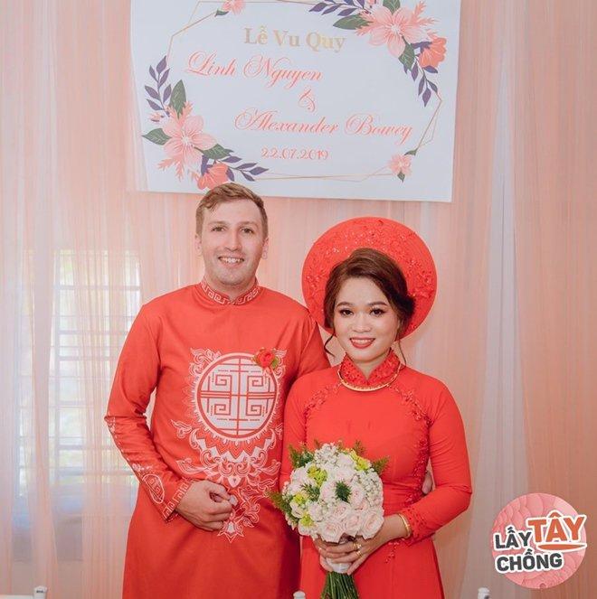 Phải lòng cô gái Phan Rang, chàng Úc bỏ việc sang Việt Nam, cưới về đưa tiền vợ giữ - 2