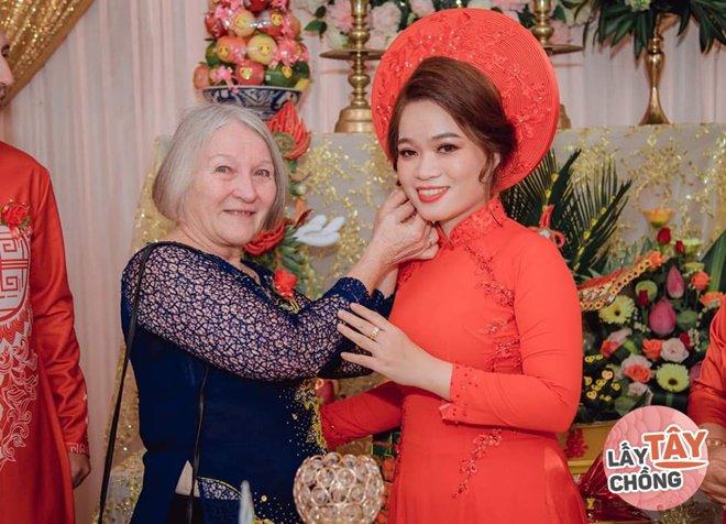 Phải lòng cô gái Phan Rang, chàng Úc bỏ việc sang Việt Nam, cưới về đưa tiền vợ giữ - 5