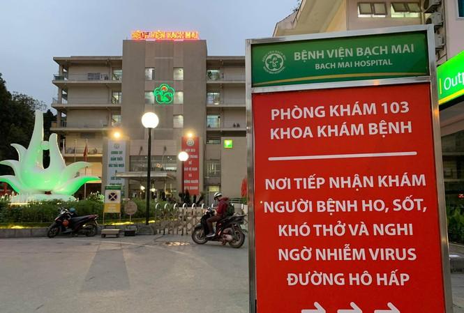 Gần 1.600 người đến Bệnh viện Bạch Mai khám chữa bệnh phải tự cách ly - 1