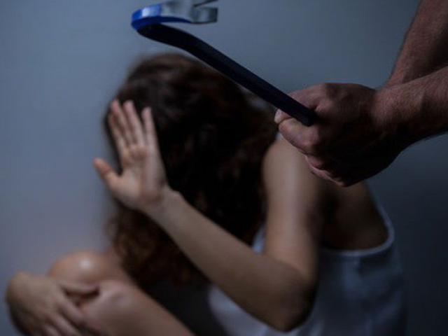 Nữ tiếp viên hàng không xinh đẹp bị sát hại dã man: Bi kịch gia đình