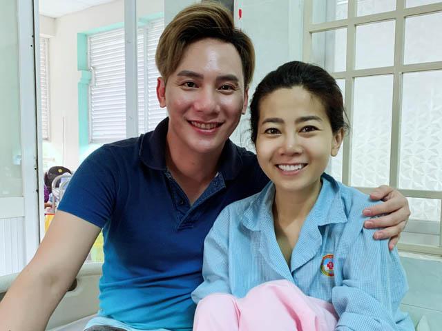 Ca sĩ hải ngoại Ngọc Châu giúp đỡ Mai Phương chữa bệnh khi sức khoẻ chuyển biến xấu