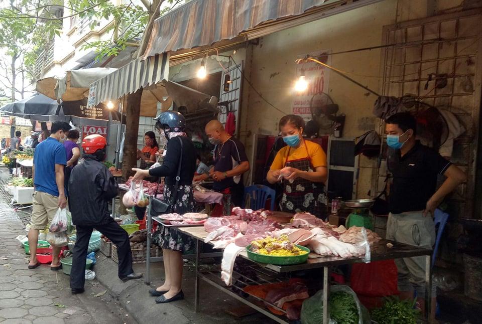 """Thịt lợn nhập khẩu ồ ạt đổ bộ Việt Nam, chợ dân sinh giá có """"hạ nhiệt""""? - 1"""