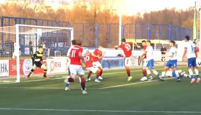 Giải đấu liều nhất châu Âu vẫn diễn ra: Rượt đuổi 5 bàn, derby gay cấn - 1