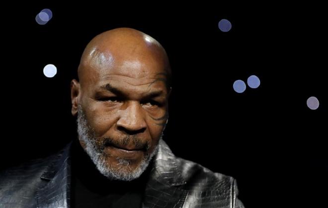 """Covid-19 tấn công nước Mỹ: Mike Tyson bất ngờ nói câu """"lạnh người"""" - 1"""