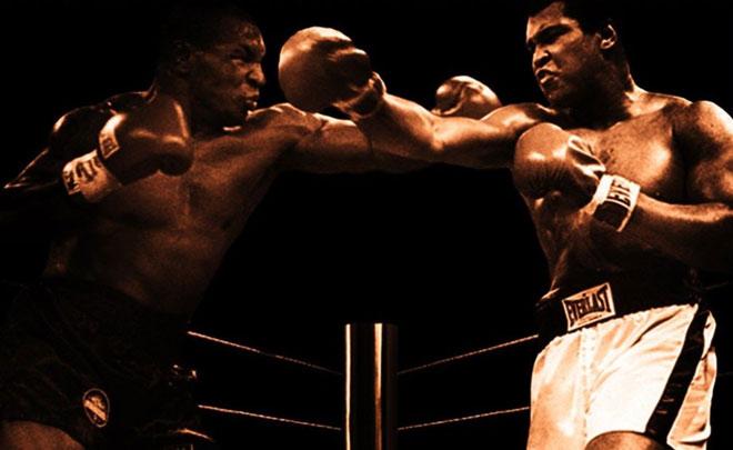 Sững sờ boxing: Huyền thoại Muhammad Ali bị Mike Tyson đả bại - 1