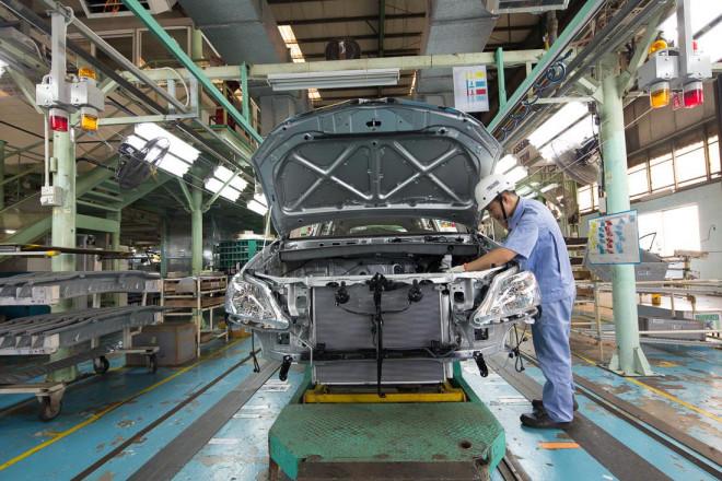 Thêm một hãng xe tại Việt Nam tạm dừng sản xuất vì Covid-19 - 1