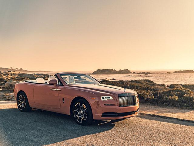 Rolls-Royce Dawn Black Badge đẹp mê mẩn trong chiều hoàng hôn