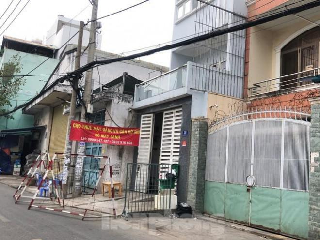 """TP.HCM: Phong tỏa, cách ly ngôi nhà người phụ nữ nhập cảnh """"chui"""" ở Q.Tân Phú - 2"""