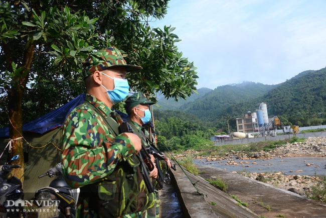 Phút giao thừa lặng lẽ từ biên giới Quảng Ninh: Căng mình chống xuất nhập cảnh trái phép - 3