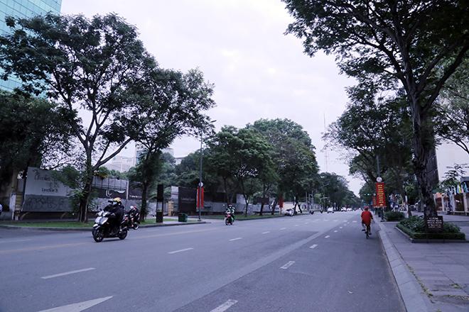 Lặng ngắm một Sài Gòn rất khác, không ồn ã trong sáng đầu năm mới - 14