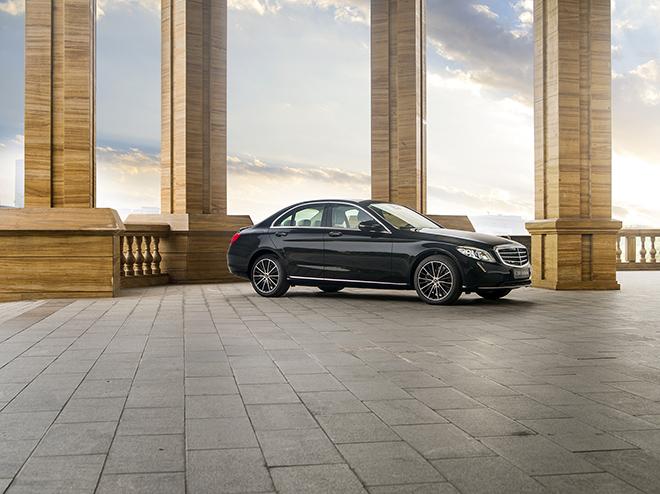 Mercedes-Benz tăng thời gian ưu đãi 50% phí trước bạ cho khách hàng Việt đến tháng 2/2021 - 1