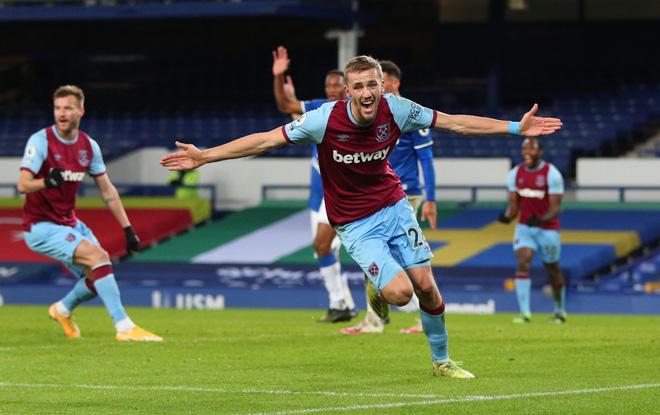 Video Everton - West Ham: Giằng co nảy lửa, đòn đau phút 86 - 1