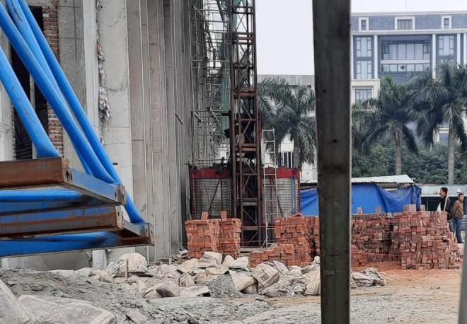 Đơn vị thi công trụ sở Sở Tài chính Nghệ An nói về vụ tai nạn - 2