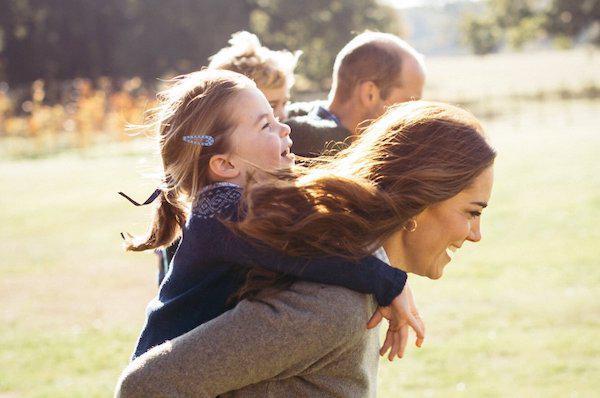 Công nương Anh chia sẻ bí kíp nuôi dạy con cái trong gia đình hoàng gia - 3