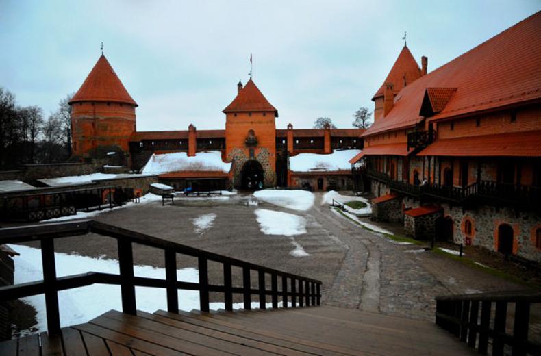 10 thị trấn thời Trung cổ đẹp nhất thế giới - 26
