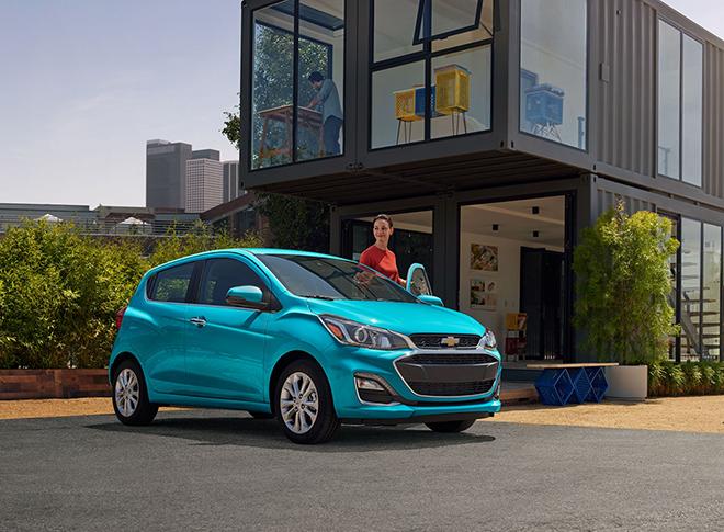 Chi tiết Chevrolet Spark mới cùng nền tảng với VinFast Fadil tại Việt Nam - 1