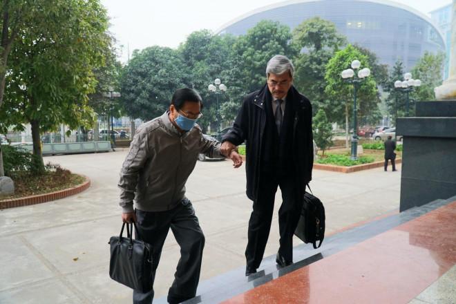 Nguyên bộ trưởng Vũ Huy Hoàng: Tôi đang dùng nhiều thuốc điều trị tim mạch, ung thư - 1